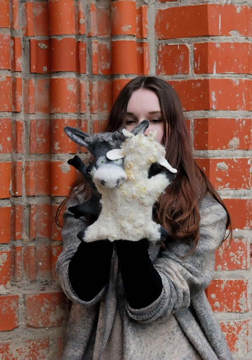 "felt toys on hand ""friends"" donkeys and sheep picture no. 3"