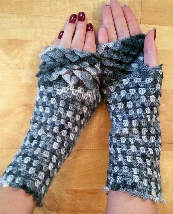 "Fingerless gloves "" Two-colored"" picture no. 2"