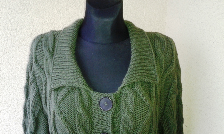 Coat cardigan with aran pattern picture no. 2