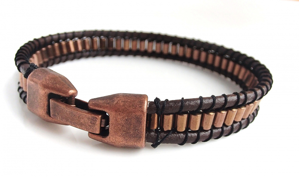 Mens Hematite and leather bracelet picture no. 2