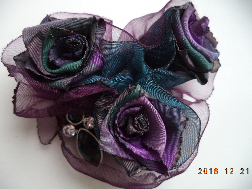 Texlile brooch Flowers