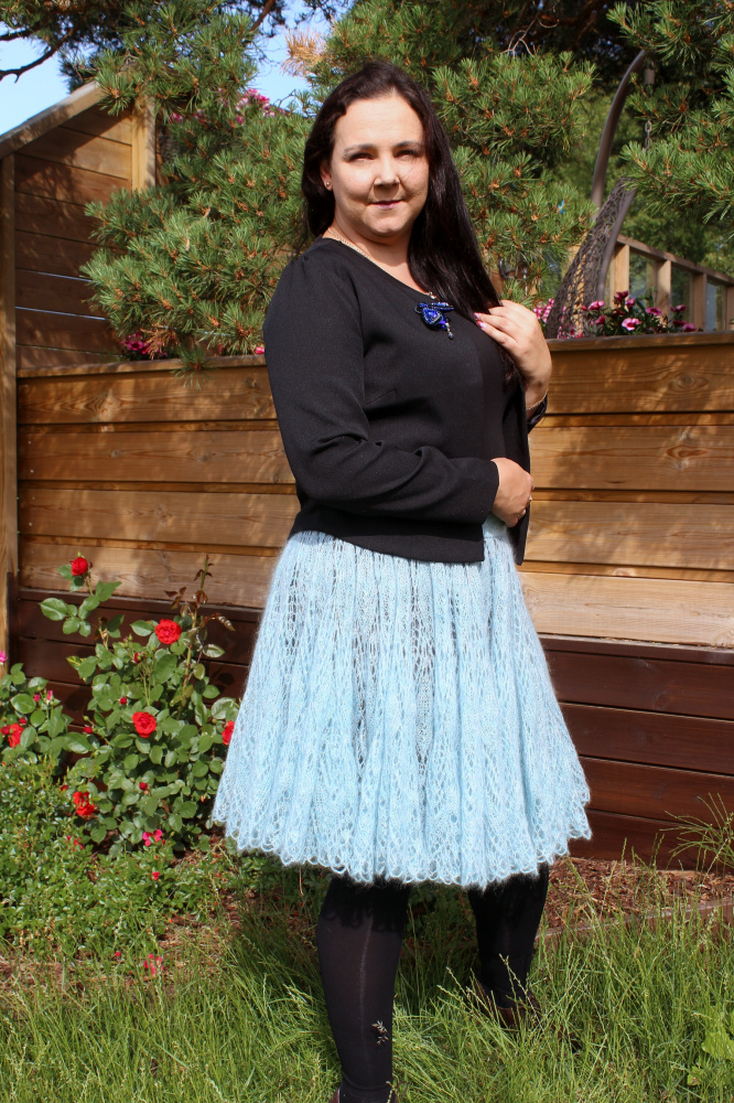 Blue Mohair skirt picture no. 2
