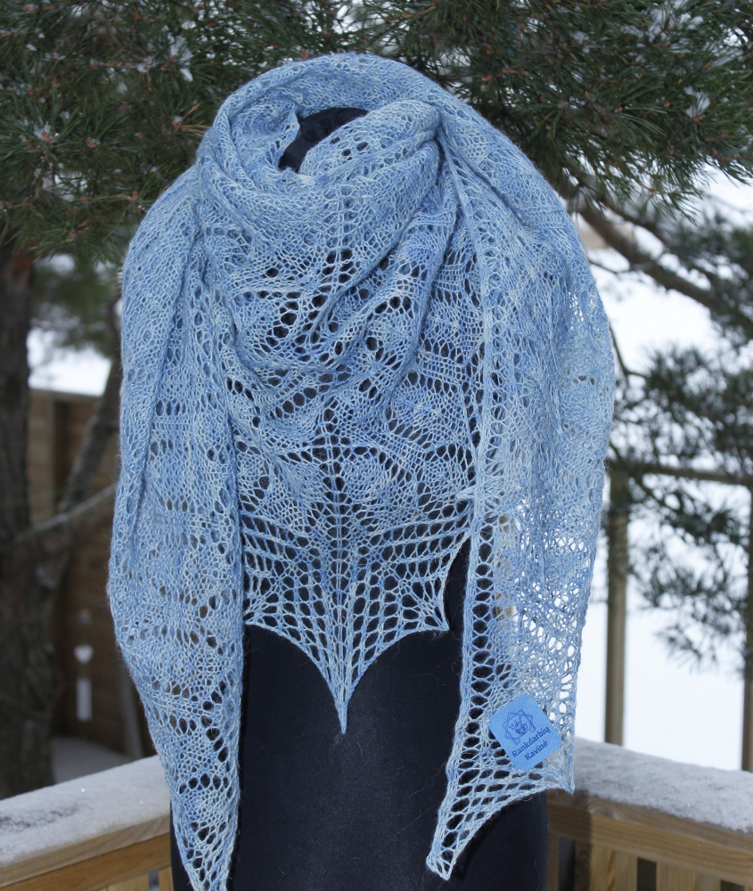 "Shawl ""Januar Fairy Tale"" picture no. 2"