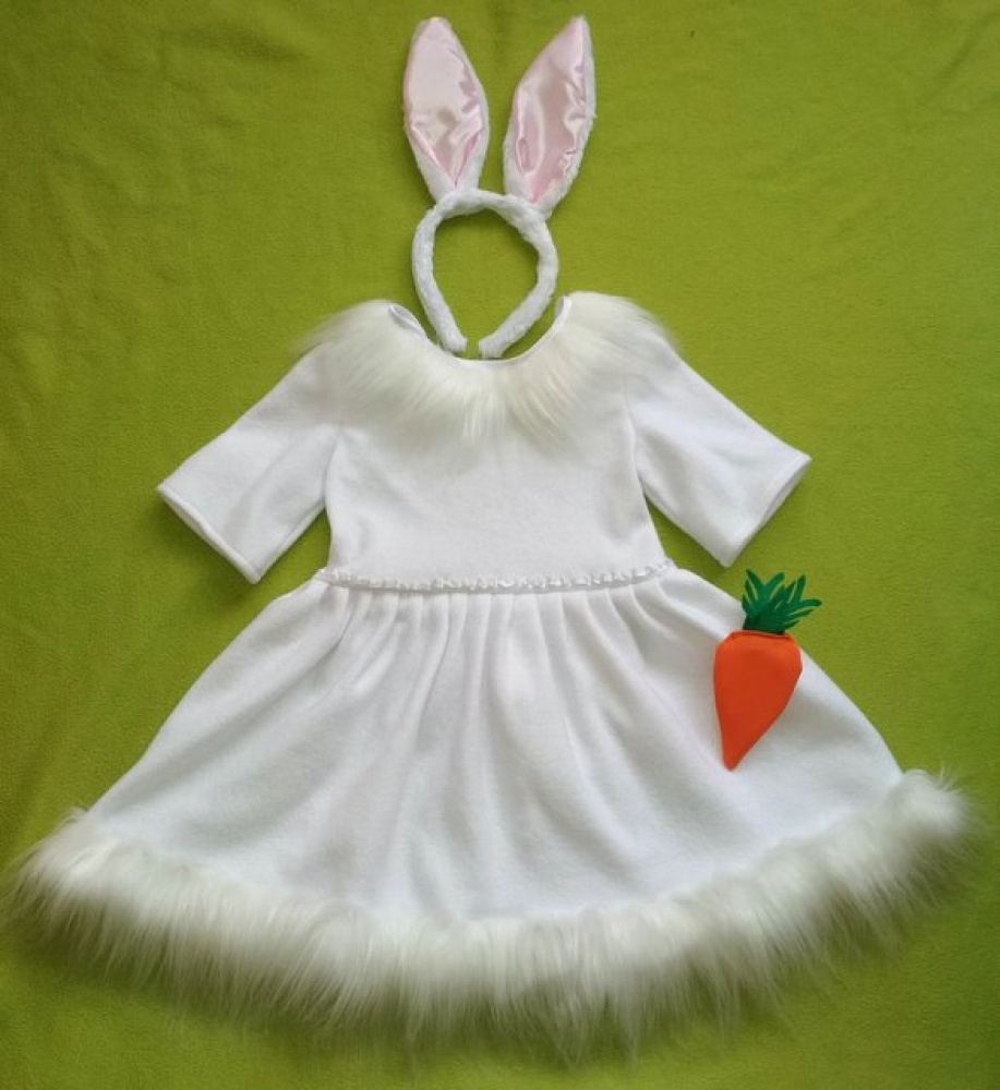 Hare's carnival costume for a girl