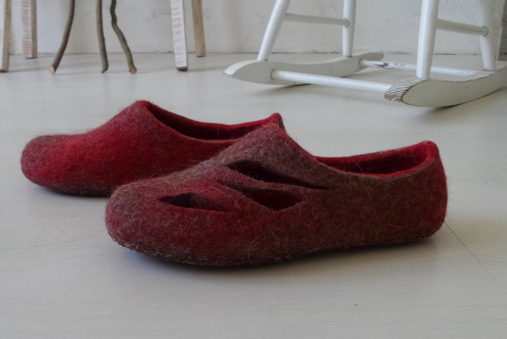 Red and grey Womens wool slippers Open Ombre home shoes picture no. 2