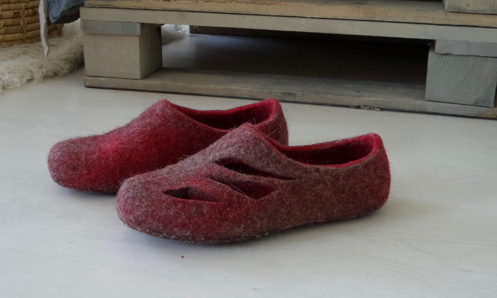 Red and grey Womens wool slippers Open Ombre home shoes picture no. 3