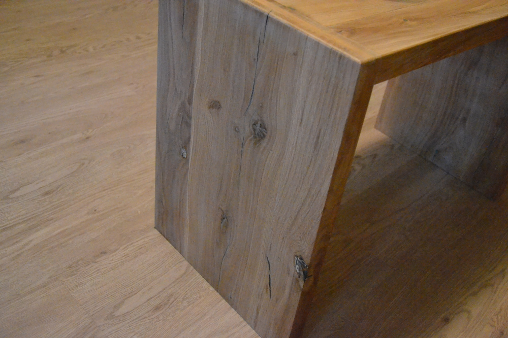 Massive oak coffee table picture no. 3