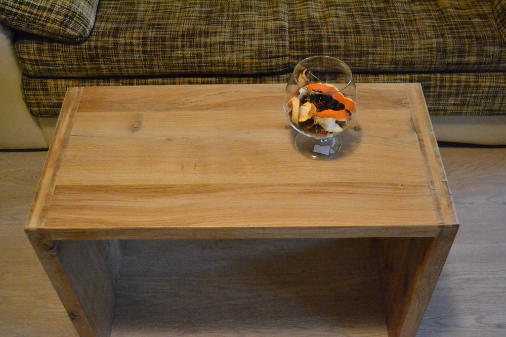 Massive oak coffee table picture no. 2