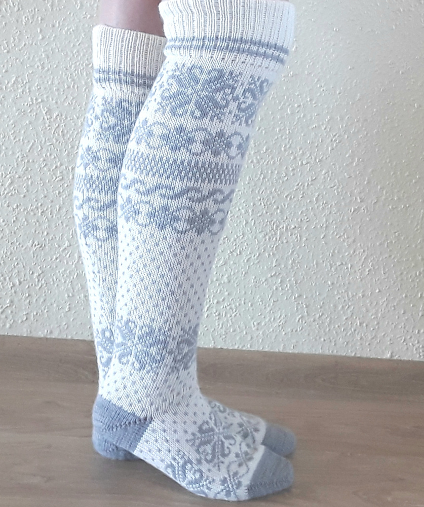Long Wool socks with patterns