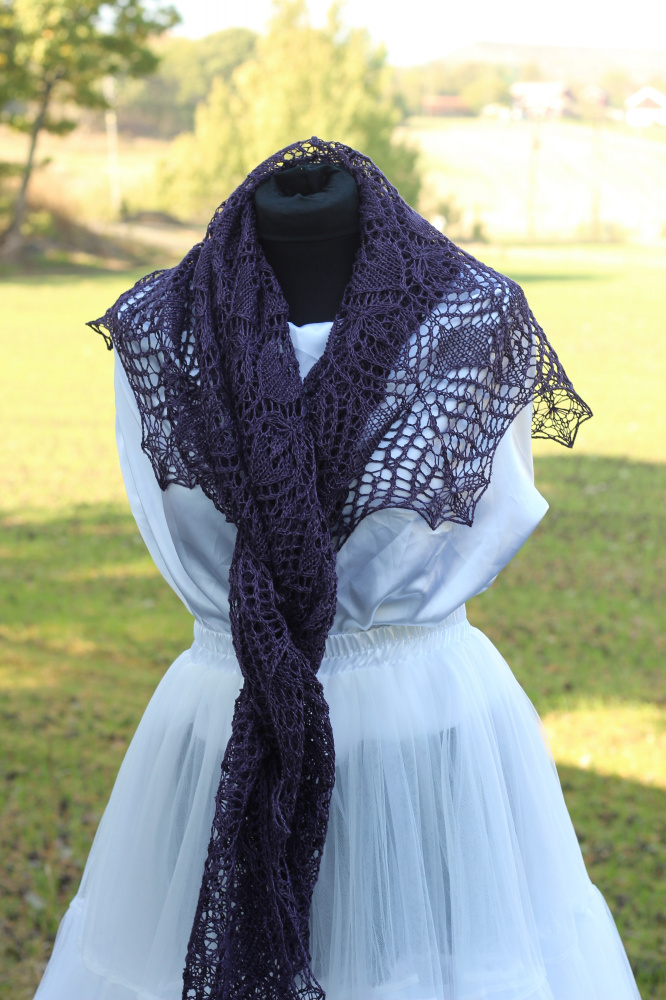"Shawl ""Heartiness"" picture no. 3"