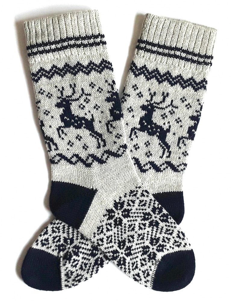 Gray wool socks with Deer