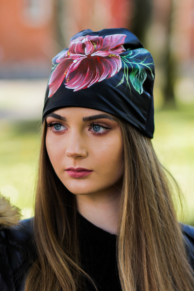 "Cotton and Faux Leather beanie - ""Rose blossom"""