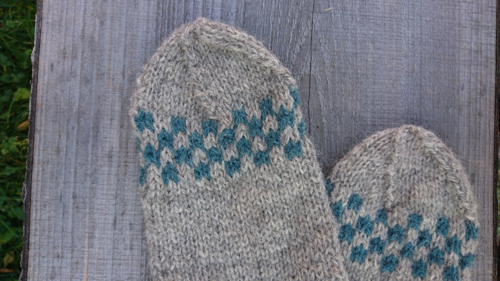 Hand knitt 100% rustic undyed eco wool socks picture no. 3