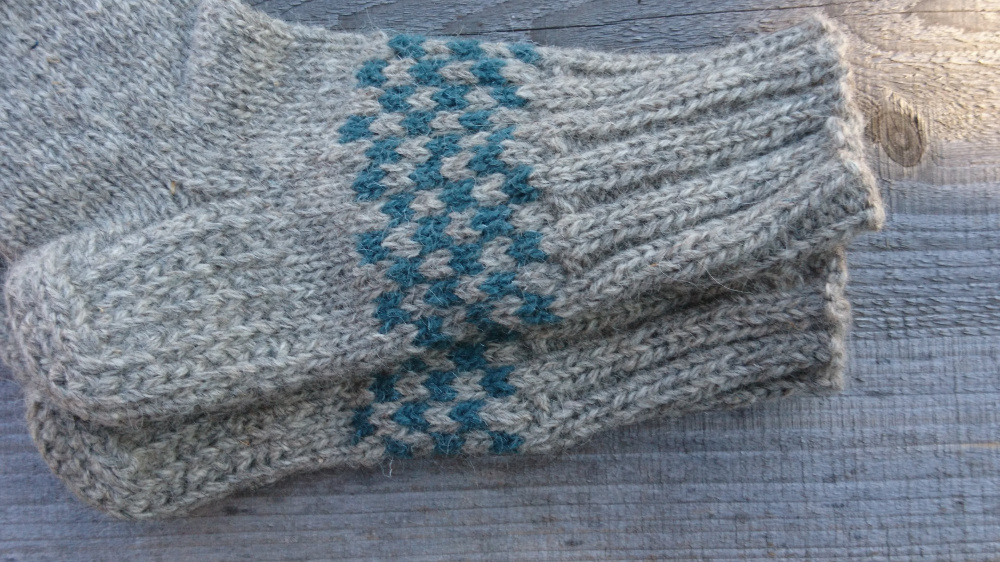 Hand knitt 100% rustic undyed eco wool socks picture no. 2