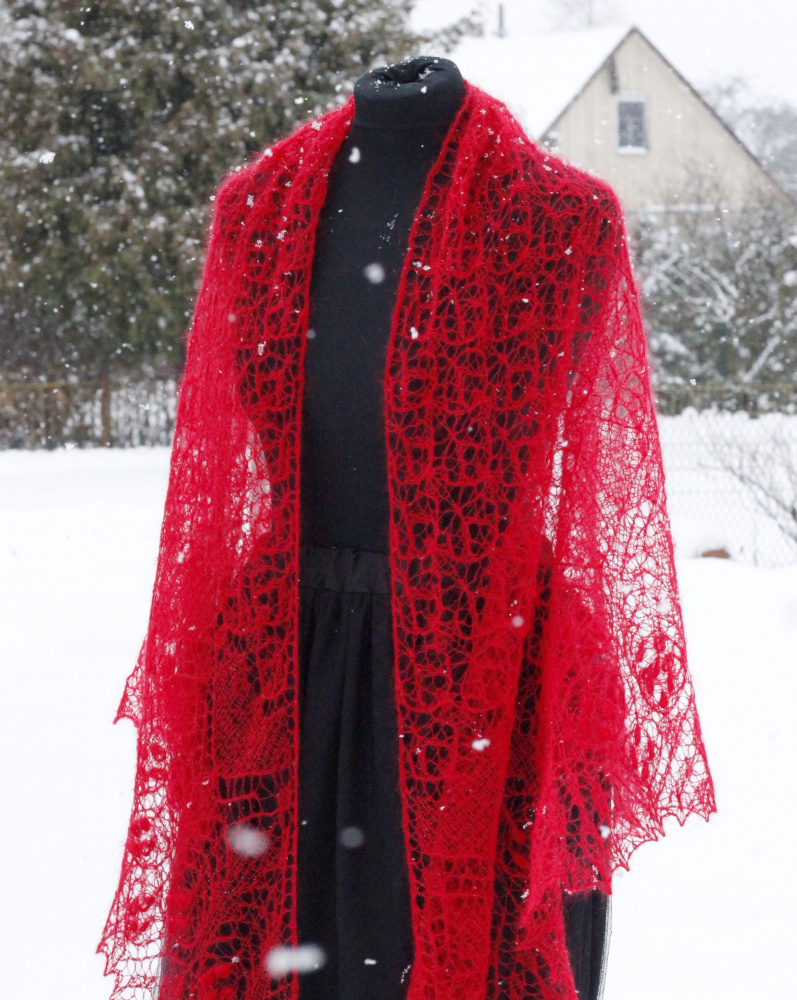 "Shawl ""Christmas Tales""  picture no. 3"