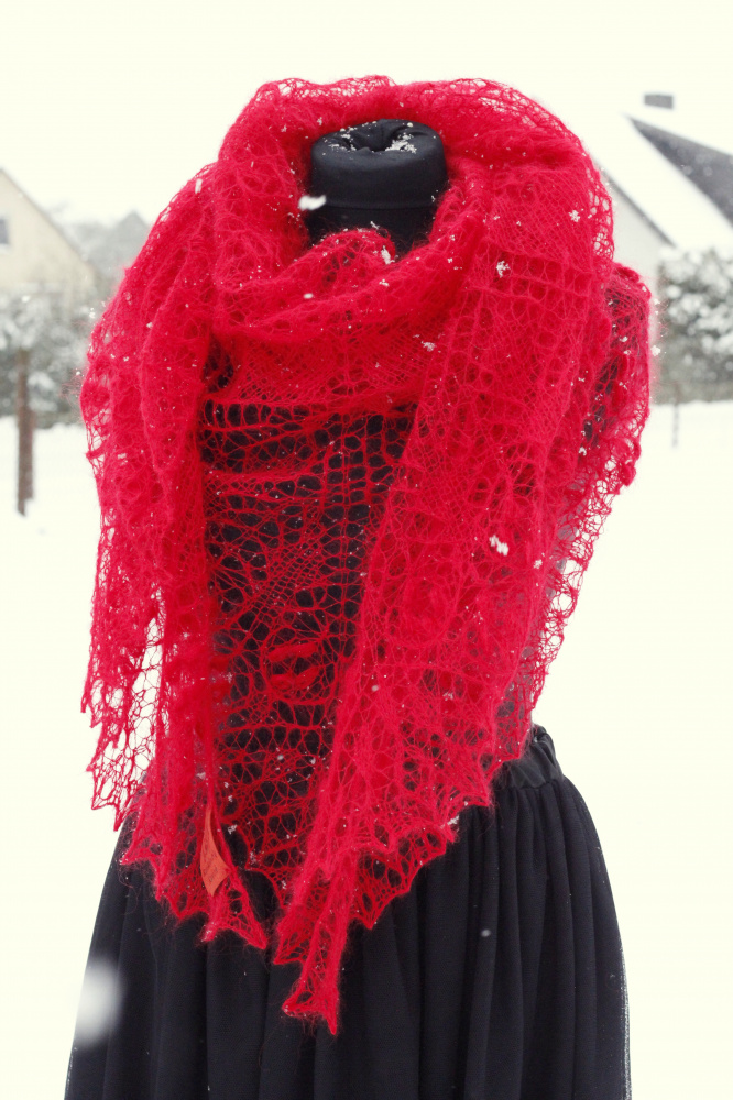 "Shawl ""Christmas Tales"""