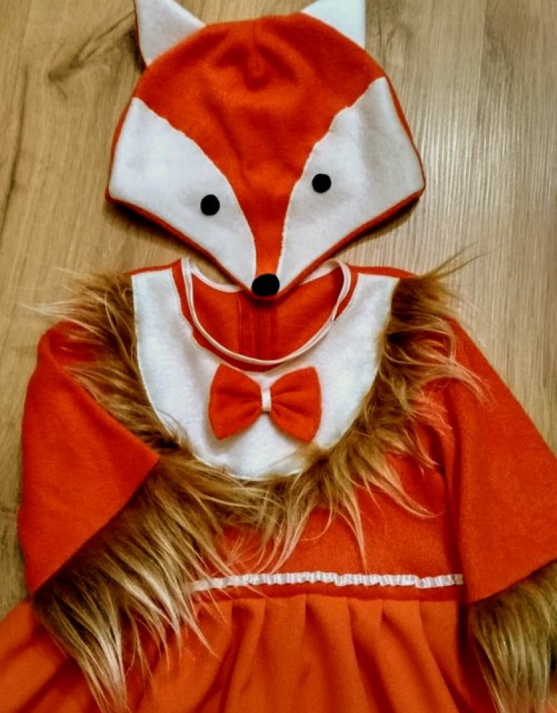 Fox carnival costume for a girl