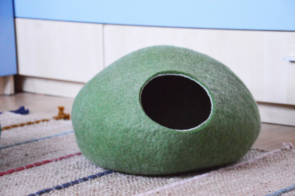 Olive green color pet bed picture no. 3
