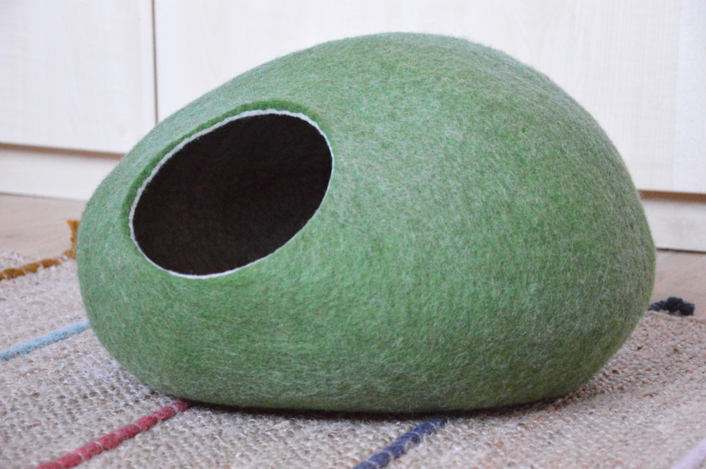 Olive green color pet bed picture no. 2