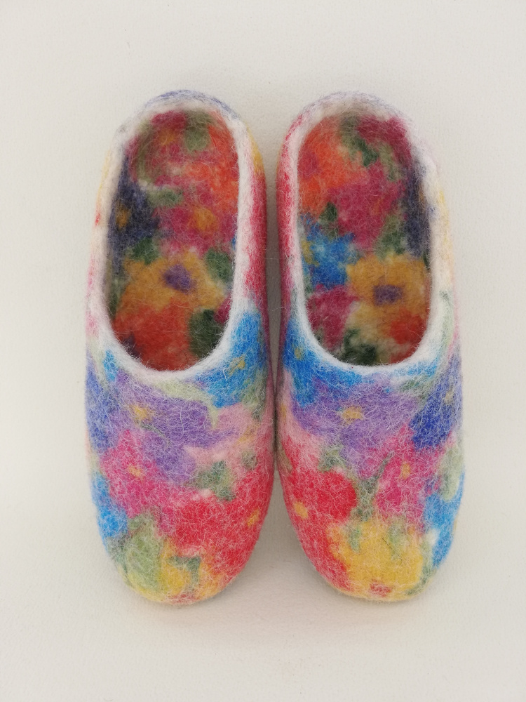 just flowers slippers