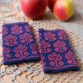 Gardens in bloom - Wristlets - knitwork